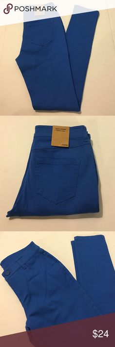 🆕 Blue Denim Skinny Jeans Beautiful blue denim skinny jeans in amazing brand new wrong tags condition. Stunning fit. Stretchy. LAST ONE! Size small! Cotton Jangle Boutique Jeans Skinny