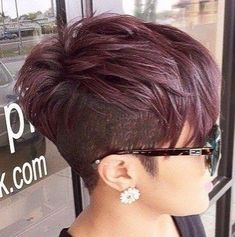 - New coiffure Cute Hairstyles For Short Hair, Short Hair Cuts For Women, Hairstyles Haircuts, Short Hair Styles, Natural Hair Styles, Short Haircuts, Short Pixie Cuts, Shaved Pixie Cut, Shaved Hair