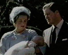 Princess Charlotte Elizabeth Diana was much easier on mum than Prince George said Prince Charles Spencer Family, Lady Diana Spencer, Princess Charlotte, Princess Of Wales, Duke And Duchess, Duchess Of Cambridge, St Mary Magdalene Church, Childhood Movies, Prince Charles