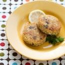 quinoa cakes with lemon, olive and parsley