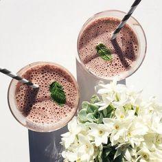 Recipe: Jennifer Lopez's Favorite Breakfast Smoothie  #InStyle