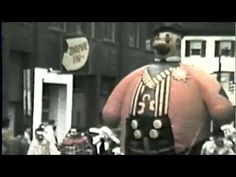 """Christmas in Baltimore, Maryland 1963. Includes very rare footage of the Baltimore Christmas Parade, Downtown Baltimore Christmas windows and the amazing lights at """"Edmondson Village"""".  They use to light up """"Edmondson Village"""" starting Thanksgiving night every year.  It was a magical time.   Music by """"Rick Silanskas""""."""