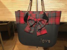 O Bag, Textiles, Goodie Bags, Louis Vuitton Neverfull, Handbags, Pattern, Stuff To Buy, Clothes, Felt Bags