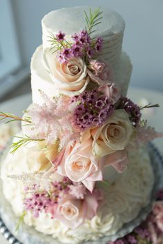 Romantic wedding cake, peach roses, thick frosting, Knoxville wedding, repin to your own inspiration board // Clint James Photography