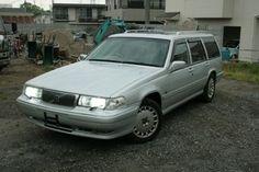 98' VOLVO V90