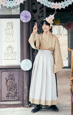 Baekhyun - 160916 SBS 'Scarlet Heart: Ryeo' website update Credit: SBS. (SBS '보보경심: 려')