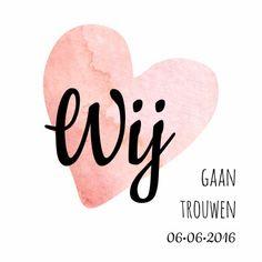 Stijlvolle en simpele trouwkaart met groot aquarel hart en daarover opvallende tekst.