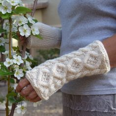 Knit arm warmers cream ivory aran cables and diamonds knit