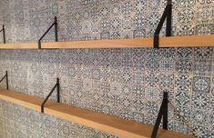 ZWAARTAFELEN I Supermooie planken van Zwaartafelen voor aan de wand I #interior…