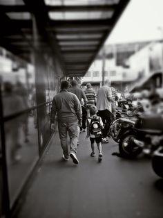 Feyenoord fans: jong en oud. Foto door Sander Martijn Baart.