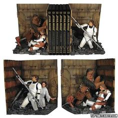 Love these Star Wars trash compactor bookends, though, as Alice at Wonderland points out, that is emphatically not Luke's nose (either pre- or post-surgery). Star Wars Trash Compactor Bookends Statue (via Wonderland) Star Wars Decor, Star Wars Art, Star Trek, Gadgets, Decoracion Star Wars, Starwars, Cuadros Star Wars, Star Wars Bedroom, Trash Compactors