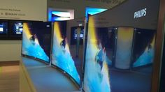 Hands on : Philips 55PUS8909C Curved 4k TV review   Android and Spotify meets Ambilight on this curved, twin-tuner Ultra HD telly. Reviews   TechRadar