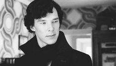 Well this gif is most definitely worth clicking o-o || That look he gave Molly... Makes me really wish that kiss was real :P I don't ship Sherlolly but the idea really is adorable