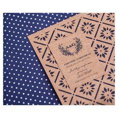 Detalhe do convite Casamento Amanda e Guto feito em serigrafia no papel kraft | Id visual @bodadesign Impressao Grafam BH #retrospectiva2014 #wedding stationery #convitedecasamento