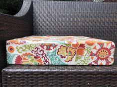 Couch Outdoor Chair Cushions Diy, Outdoor Cushion Slipcovers, Outdoor Cushion Covers, Cushions To Make, Slipcovers For Chairs, Scatter Cushions, Outdoor Chairs, Outdoor Seating, Small Sewing Projects