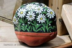 Garden art that rocks! See how to make your own.