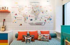 Quarto do Rafa - Mapa Mundi lindo feito pela Fina Stampa