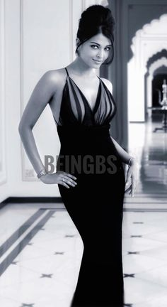 Aishwarya Rai Makeup, Aishwarya Rai Photo, Actress Aishwarya Rai, Aishwarya Rai Bachchan, World Most Beautiful Woman, Simply Beautiful, Gorgeous Women, Bollywood, Celebrity Biographies