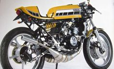 Yamaha 350 2 Stroke... These bikes are so much fun to ride. Would love to have one.