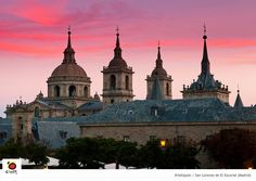 La basílica, la biblioteca… Todo en el monasterio de El Escorial nos lleva al Renacimiento español #spain