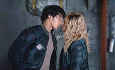 Bellarke manip (unfortunantely)... If this only was real... ♥ || The 100 || Bellarke season 4 ||