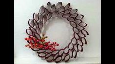 DIY: Christmas Toilet Paper Roll Wreaths