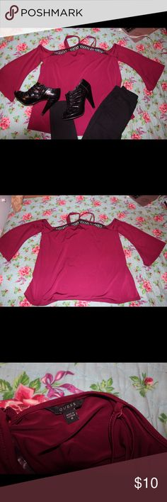Red open shoulder flowy top The straps cross in the back at the neckline. The sleeves flow out as well as the shirt. It's very soft and brand new. But one of the straps is slightly unraveled. Easy fix. New without tags. Came with the broken strap pictured. Barely noticeable. Beautiful but too big for me ):  *smoke free pet friendly home* Guess Tops Blouses