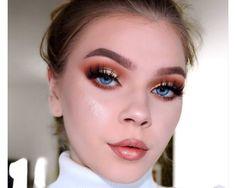 Tutorials by tina | master palette by mario + so hollywood iluminator ABH - Skinny dip Jouer lips