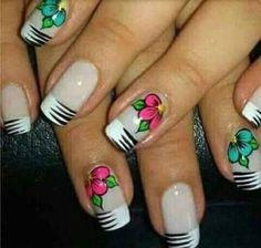 18 Ideas Nails Design Tips Unique Gel Nail Art Designs, Flower Nail Designs, Flower Nail Art, Nails Design, Red Nails, Hair And Nails, Zebra Print Nails, Finger, Cool Nail Art