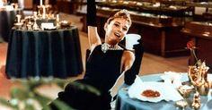Il guardaroba della mitica Audrey Hepburn sarà presto venduto all'asta (anche se il suo stile rimarrà difficile da comprare)... Leggi di più nel link in bio! #ELLEitalia #ELLEmoda #audreyhepburn #colazionedatiffany  via ELLE ITALIA MAGAZINE OFFICIAL INSTAGRAM - Fashion Campaigns  Haute Couture  Advertising  Editorial Photography  Magazine Cover Designs  Supermodels  Runway Models