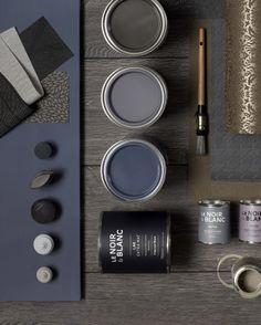 KARWEI | Donkere kleuren zorgen voor een optisch kleinere ruimte. Handig als je voor een knusse uitstraling wilt gaan #verf #kleur #karwei