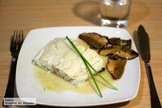 Lomo de bacalao Skrei confitado con boletus deshidratados Food Decoration, Sous Vide, Asparagus, Crockpot, Seafood, Pork, Pasta, Chicken, Vegetables