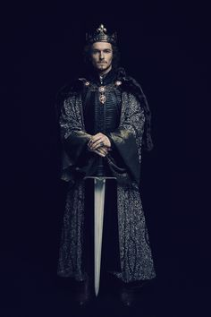 Jacob Collins-Levy in The White Princess The White Queen Starz, The White Princess Starz, Elizabeth Of York, King Outfit, Royal Clothing, King Henry, Medieval Fantasy, Medieval Fair, Movie Costumes