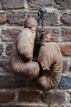 I want to get into a lifestyle of boxing fitness so badly. I want to feel like I have the potential to take on Rocky Balboa ;]
