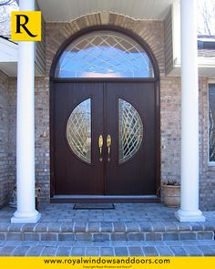 Superbe Royal Windows And Doors Offer A Large Variety Of Fiberglass Entry Doors  Including Single, Double And Doors With Side Panels To Fit Every Home.