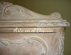 Arte en el Desván: Madera con efecto envejecido Raw Wood Furniture, White Washed Furniture, Distressed Furniture, Recycled Furniture, Chalk Paint Projects, Chalk Paint Furniture, Hand Painted Furniture, Diy Projects With Old Windows, House Makeovers