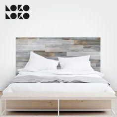 Madera y diseño vintage para simular tu cabecero de cama de matrimonio con vinilo adhesivo pegado en la pared. Atrévete a tenerlo #lokolokodecora #vinilomuebles #viniloparedes