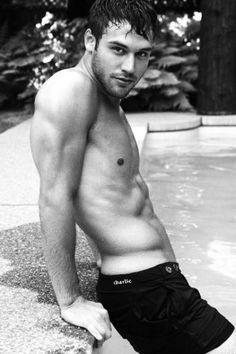 Ryan Guzman.. marry me
