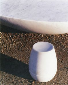 GUILLAUME BARDET -- culbuto stool Editions -- open edition Dimensions - (H) 40cm  (D) 30cm composition -- carrare marble