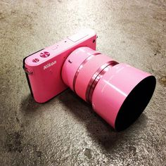 Nikon 1 J1, pink...kinda wish i had got the pink one now...i thought it would be to much :(