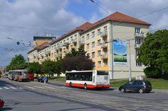Reklamní plocha  na ulici Kosmova.