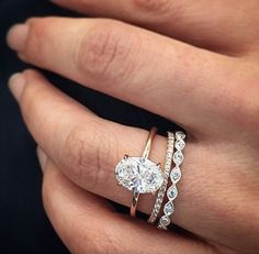 oval engagement rings which are amazing! oval engagement rings which are amazing! Diamond Stacking Rings, Diamond Wedding Rings, Diamond Engagement Rings, Solitaire Diamond, Gold Wedding, Solitaire Rings, Engagement Bands, Band Rings, Trendy Wedding