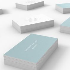 Bailey – one of our Light business card templates available to customise and order on our site.
