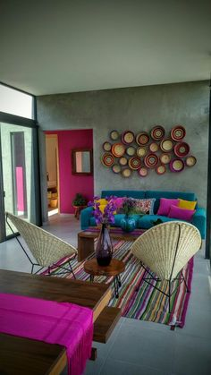 Interiorismo Estilo Mexicano Living Roon, Living Area, Living Room Remodel, Living Room Decor, House Color Schemes, House Colors, Mexican Home Decor, Funky Home Decor, Mexican Living Rooms