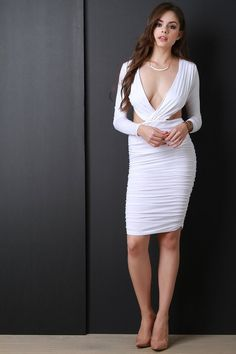 Fashion Poses, Girl Fashion, Maxi Styles, Beautiful Girl Image, Cosplay Outfits, Mode Style, Beautiful Indian Actress, White Fashion, Day Dresses