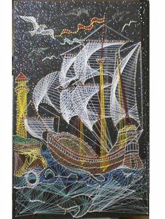 trabajo con hilos de color y clavos sobre carton vera de color negro con soporte de carton duro de 60x36 cm. Lama: Marina