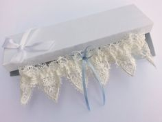 Ivory venise lace garter wedding garter guipure by BeuBeuDesign