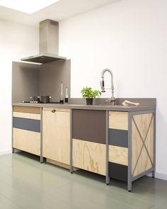 Constructieve keuken : Industriële keukens van Studio Mieke Meijer