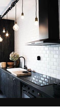 Meer dan 1000 idee n over witte tegels op pinterest badkamer witte tegels in de badkamers en - Meubels keuken beneden cm ...