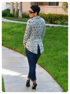 Hi Darlings!I am so excited that you guys found yesterdays post informative and some are even starting with me on Sunday which means I. Fashion Sewing, Fashion Wear, Fashion 2020, Play Clothing, Riding Jacket, Business Casual Attire, Floral Jacket, Jacket Pattern, Fall Wardrobe